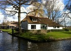 Giethoorn, the little green Venice of Holland