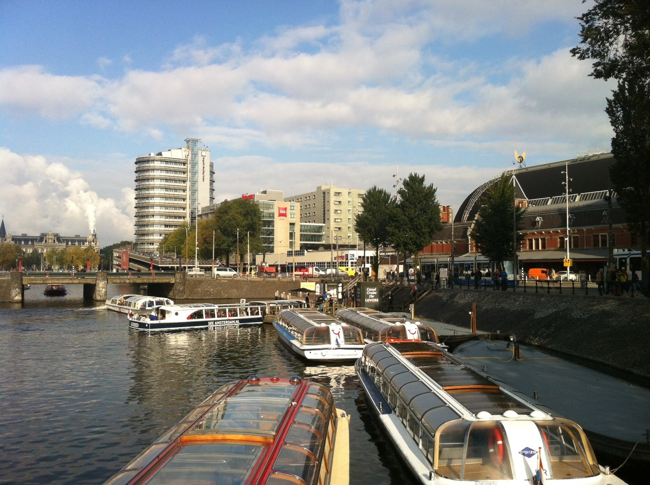 Canal cruises Amsterdam, buy tickets online