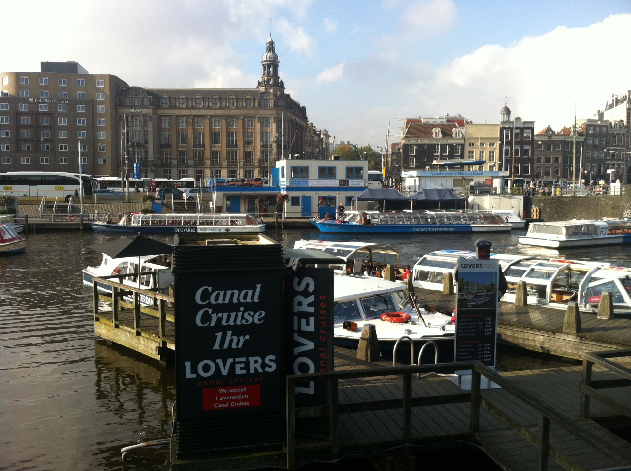 Boat tours Amsterdam, book online, online discounts