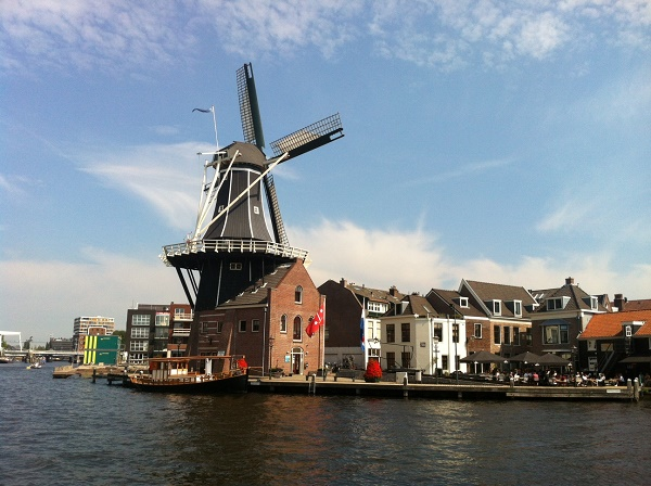Best things to do and see in Haarlem, Windmill De Adriaan in Haarlem