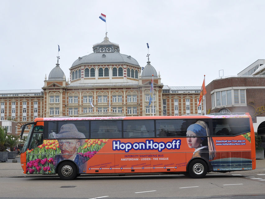Hop on hop off bus Amsterdam, Leiden, The Hague