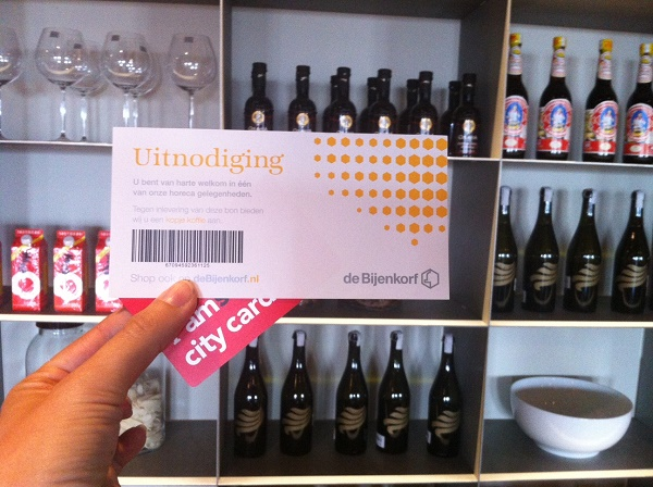 I amsterdam city card in De Bijenkorf shopping center