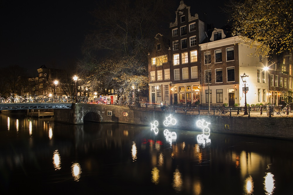 Amsterdam Light Festival 2018/2019 - 15000 and more - Studio klus - Copyright Janus van den Eijnden
