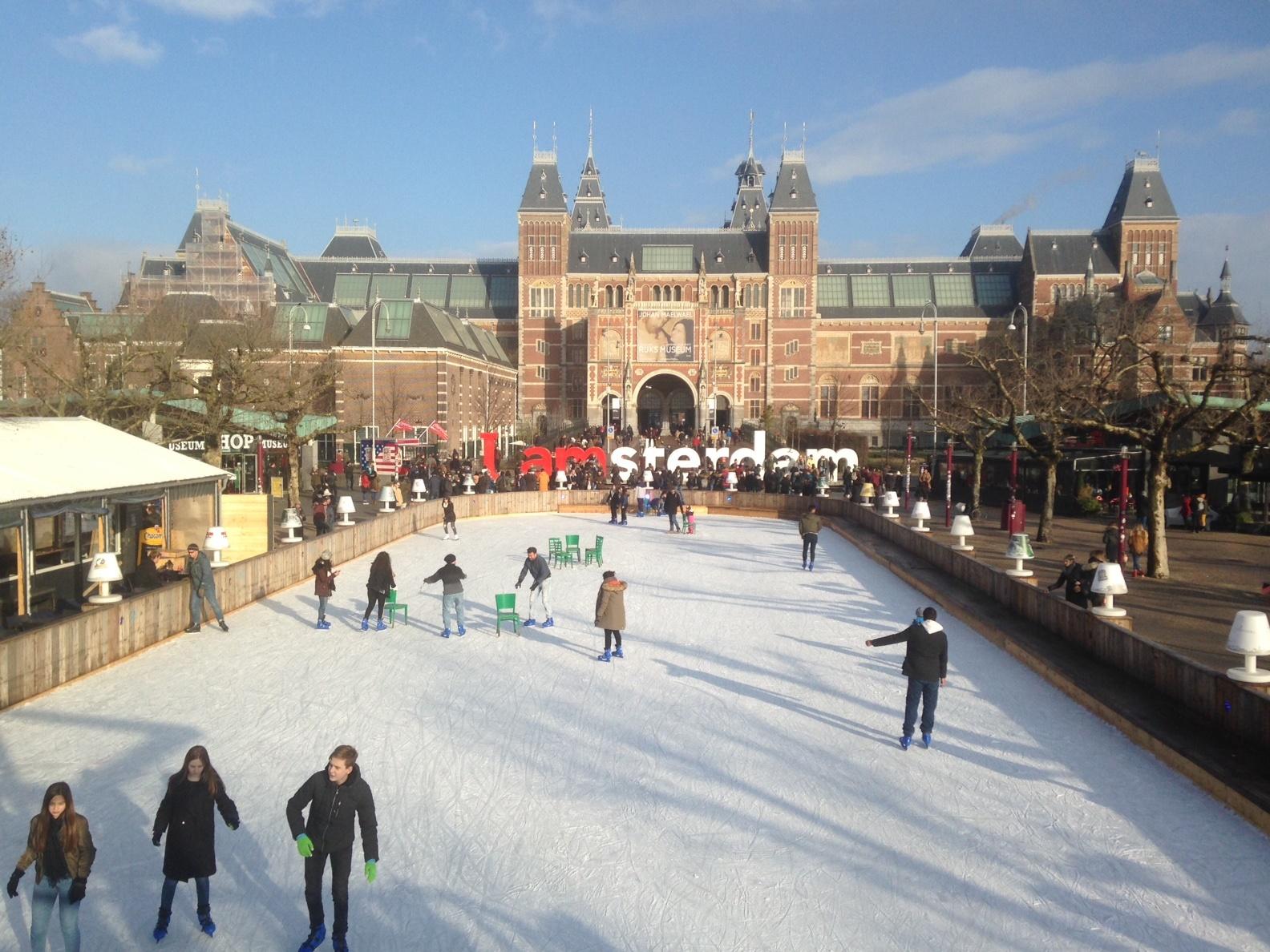 skating rink museumplein amsterdam
